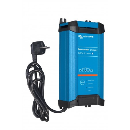 Chargeur Blue IP22 24/16(3) 230V CEE 7/7